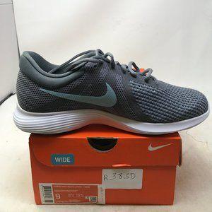 Nike Women's Revolution 4 Sneaker, 9 Wide US